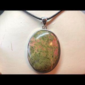 Unakite Pendant Necklace for Healthy Pregnancy